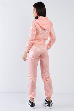 Cosplay Outfits, Sexy Outfits, Clothing Company, Clothing Items, Imper Pvc, Vinyl Leggings, Athleisure Outfits, Trendy Clothes For Women, Rain Wear