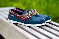 Sebago Collection Summer 2011 by Ronnie Fieg - fashion world and fashion show Fila Shoes Womens, Yellow Shoes Womens, Cheap Womens Shoes, Boat Shoes, Men's Shoes, Dress Shoes, Sailing Shoes, Mode Masculine, Dockside Shoes