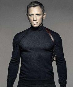 James Bond hört auf: Daniel Craig hat 00Bock mehr http://www.bild.de/unterhaltung/leute/daniel-craig/james-bond-hoert-auf-42945514.bild.html
