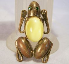 Art Deco Figural Frog Pin Yellow Glass by GretelsTreasures on Etsy