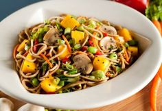 Mango Stir Fry at Silver Diner - A Healthy Dining menu choice. More choices like this for everyone in the family here. Stir Fry Vegan, Vegetarian Stir Fry, Vegetarian Recipes Dinner, Dinner Recipes, Healthy Recipes, Fruit Recipes, Yummy Recipes, Tasty Kitchen, Seitan