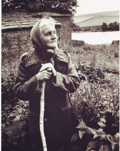 #hannahhauxwell #daughterofthedales 1 August, January 2018, Contentment, Yorkshire, Documentaries, Inspirational, Couple Photos, Tv, People