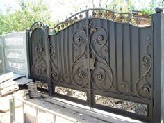 Model Wrought Iron Gate Wrought Iron Gate By Sogun Pictures House Main Gates Design, Fence Gate Design, Steel Gate Design, Privacy Fence Designs, Front Gate Design, House Front Design, Home Window Grill Design, Wrought Iron Driveway Gates, House Front Gate