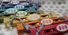 Sophie Prestrelle, Démonstratrice Indépendante Stampin' Up, est heureuse de partager ce projet avec vous. Découvrez plein d'autres projets à réalisés ici : h... Stampin Up, Scrapbooking, Envelope Punch Board, Easter Treats, Wraps, Basket, Gift Wrapping, Treat Box, Christmas Ornaments