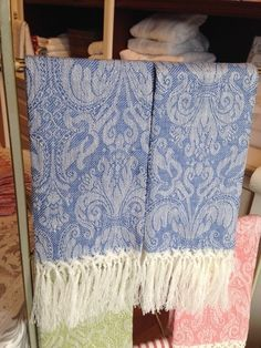 Busatti Giglio Guest Towel with Fringe (Light Blue)