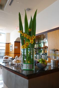 The spring has finally reached New York City and Hotel Giraffe! #spring #hotelgiraffe #flowers #travel