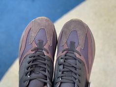 8306097af45 adidas yeezy boost 700 mauve on feet release date price for sale ee9614  detail pic -