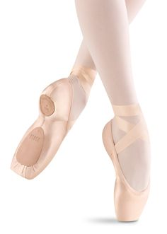 Really want to try this new shoe! Bloch Dramatica Stretch Pointe Shoes / Bloch