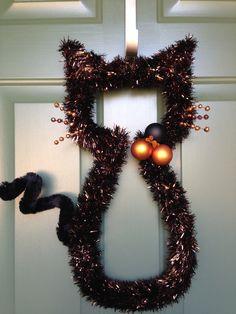 Black and Orange Cat Wreath, Cat-Shaped Wreath Halloween Wreath, Spooky Wreath, Scary Wreath, Front Door Wreath, Fall Wreath, Haunted Wreath by CelebrateAndDecorate on Etsy
