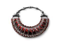Le collier Louxor de Baccarat 250 ans Elie Top http://www.vogue.fr/joaillerie/le-bijou-du-jour/diaporama/le-collier-louxor-baccarat-250-ans-elie-top/20499#!le-collier-louxor-de-baccarat-250-ans-elie-top