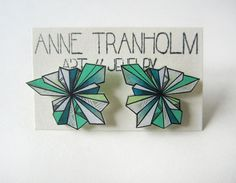 Hey, I found this really awesome Etsy listing at https://www.etsy.com/ca/listing/230107406/green-crystal-geometric-stud-earrings