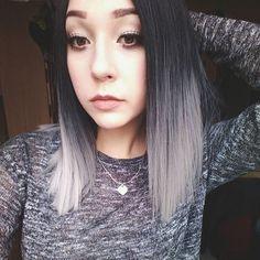 #silver #silverhair #grey #greyhair #grannyhair #pastel #pastelhair #pale #hairstyle #ombre