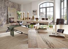 Alte Eiche Esstisch KANSAS  - Tischplatte aus recycelter Eiche auch reclaimed Oak genannt. Ab 180x100cm bis 300x110cm von Hand gefertigte Alteiche Tischplatten in durchgängig 5 cm dicker Eiche Planken. Gestell aus schwerem Stahl in antikblack in X-Form.