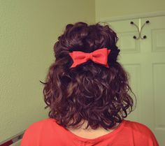 Short hair + curls with bow :)