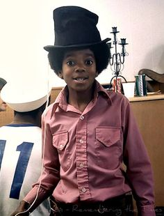 Michael Jackson as a kid Paris Jackson, The Jackson Five, Jackson Family, Janet Jackson, Young Michael Jackson, Michael Love, The Jacksons, King Of Music, Beautiful Person