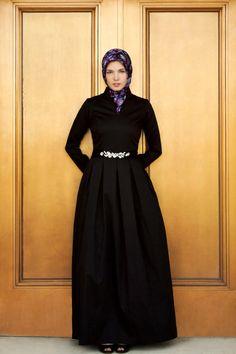 Sophia Gown - Black www.hautehijab.com