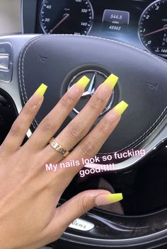What you need to know about acrylic nails - My Nails Dope Nails, Neon Nails, My Nails, Neon Yellow Nails, Blue Ombre Nails, Fancy Nails, Pretty Nails, Gorgeous Nails, Wedding Nail Polish