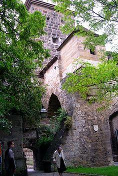 Tower Gate, Rothenburg by jl0dc, via Flickr