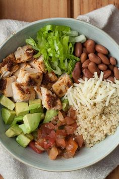 Healthy dinner recipes 799951952544307358 - This chipotle-flavored burrito bowl recipe is even better than takeout and just as fast. Loading it with vegetables and using quinoa in place of rice adds nutrition for a healthy dinner. Diet Recipes, Chicken Recipes, Vegan Recipes, Lunch Recipes, Burrito Recipes, Freezer Recipes, Salmon Recipes, Easy Recipes, Plats Healthy