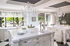 La cocina - Así es la casa de Kris Jenner en Los Angeles