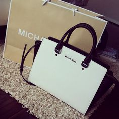 #Find #Michaelkors Durable Michael Kors Selma Top-Zip Large White Satchels Low Consumption With High Quality For You!