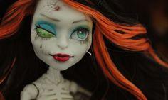 OOAK Monster high Skelita repaint by eyepins on Etsy, £41.00