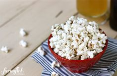 "Parmesan Dill & Garlic Popcorn AND a giveaway for ""The Pioneer Woman's Cooking Essentials"" - from a farmgirl's dabbles"