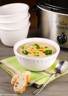 Crock Pot Broccoli Cheese Soup