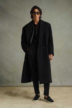 Men Fashion Show, High Fashion, Mens Fashion, Fashion Trends, Vogue Russia, Mannequins, Gq, Street Wear, Normcore