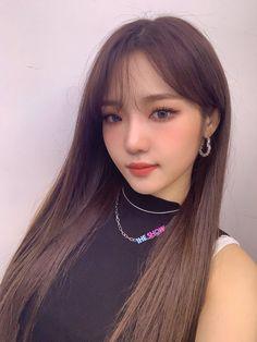 Cute Korean Girl, Korean Girl Groups, Great Hair, Love Is Sweet, Ulzzang Girl, Aesthetic Girl, Pretty People, Kpop Girls, Pretty Girls