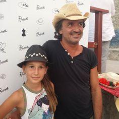 Nina e Walter al calar del sole splendono con i nostri #cappelli  #hatsummer  #Livorno #Toscana #Tuscany #Italy #Italia #instaitalian #instaitalia #moda #fashion #womenfashion #sea #seaside #mare #cinema #cortometraggio #cortometraggi