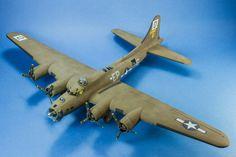 B-17G 1/48 Scale Model