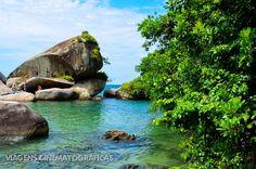 Uma grande piscina natural no Cachadaço, em Paraty. Apesar de grande, tem sofrido com o excesso de pessoas.