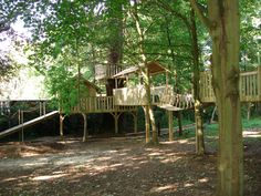 wow....tree house!  too elaborate for our yard but just for ideas ;)