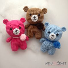 Hi everyone, today we are going to crochet the first member of the little pom pom family. Meet little bear pom pom its a fast and easy amigurumi project. Crochet Cat Pattern, Crochet Bear, Crochet Patterns Amigurumi, Crochet Animals, Crochet Toys, Diy Crafts Crochet, Crochet Instructions, Grinch, Batman Amigurumi
