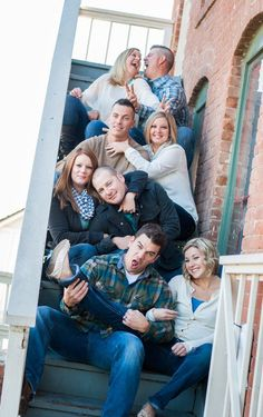 I like the idea of using stairs to get everyone together in the picture.