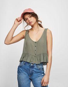Top com botões e parte inferior com folhos - Blusas e camisas - Vestuário - Mulher - PULL&BEAR Portugal