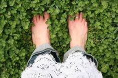 Yes, direct contact to the earth will instantly minimize inflammation and shield us from electromagnetic energy. Much the same as a lightning rod, electromagnetic energies are re-directed into the ground – thus reducing inflammation and symptoms of malaise. Getting grounded is as simple as brushing your teeth. All you need to do is get outside and connect any part of your skin to the ground. Once the connection is made, an instantaneous flow of free electrons enters the body.