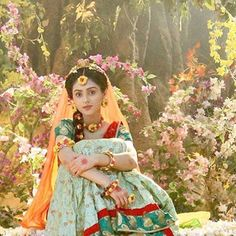 Radha Krishna Holi, Radha Krishna Love Quotes, Cute Krishna, Radha Krishna Pictures, Krishna Photos, Krishna Art, Radha Rani, Krishna Drawing, Radhe Krishna Wallpapers