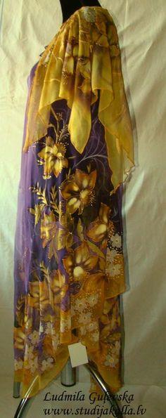 Abito di seta naturale opere d'arte fatte a mano di Studijakalla