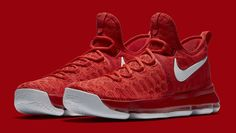 The Nike KD 9 is introduced in a new colorway of varsity red/white. Stay tuned to KicksOnFire for an official release date. Air Jordan 9, Air Jordan Future, Kd Basketball Shoes, Football Shoes, Kd Shoes, Nike Air Shoes, Shoes Jordans, Kd Sneakers, Sneakers Fashion
