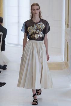Christian Dior Fall 2016 Couture Fashion Show - Julia Nobis (Viva)