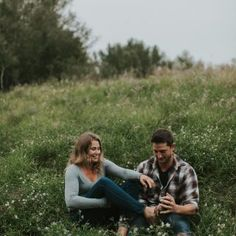 Meet Janelle Dudzic, Edmonton wedding photographer specializing in adventure sessions, elopements and travel photography. University Of Calgary, University Of Alberta, Grand Canyon Usa, Pet Ducks, Valley City, Travel Dating, Photographer Portfolio, Quiet Moments, Banff National Park