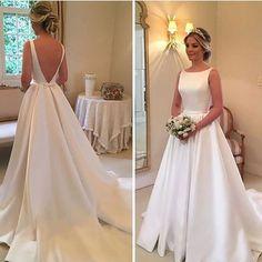 Perfeito! A noiva do dia é inspiração do Inspiração do @blogsimeuaceito!  Vestido @wanda_borges  #prontaparaosim # #noivaprontaparaosim #vestidodenoiva