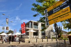 Miguel Chan: NEDERBURG FLASHES ITS FEATHERS IN VILAKAZI STREET