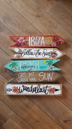 Pool Signs, Fun Signs, Diy Pallet Projects, Craft Projects, Projects To Try, Beach Signs Wooden, Wood Block Crafts, Directional Signs, Beach House Decor