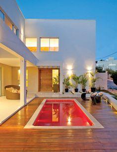 36 mejores im genes de iluminacion piscinas albercas for Casa minimalista guayaquil
