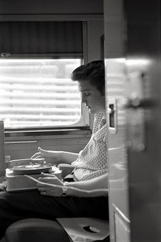 "Alfred Wertheimer Photography ...""Elvis Listens to a Quick Cut"""