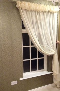 Fund Curtains,Fund Curtains Curtain monitor or curtain rod? The most common types of fastening for curtains are rods and rails. Sometimes ropes maybe, but they are . Fancy Curtains, Luxury Curtains, Hanging Curtains, Curtains With Blinds, Drapes Curtains, Curtain Styles, Curtain Designs, Beautiful Curtains, Custom Drapes