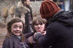 Maisie Williams and Isaac Hempstead Wright (goofing off-camera) as Arya and Bran Stark in Game Of Thrones. Serie Got, Film Serie, George Rr Martin, Vicks Vaporub, Khal Drogo, Scene Image, Scene Photo, Game Of Thrones Show, Sketches